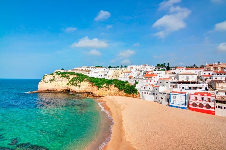 Living in the Algarve