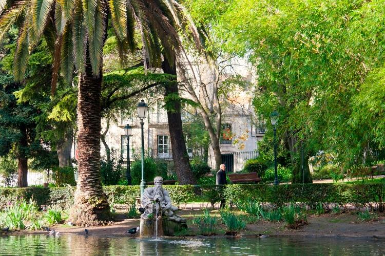 Gardens in Lisbon Estrela neighborhood