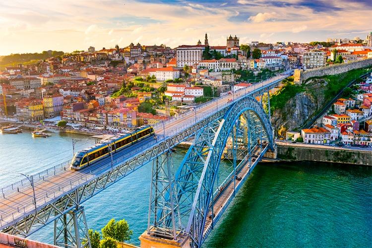 Living in Porto